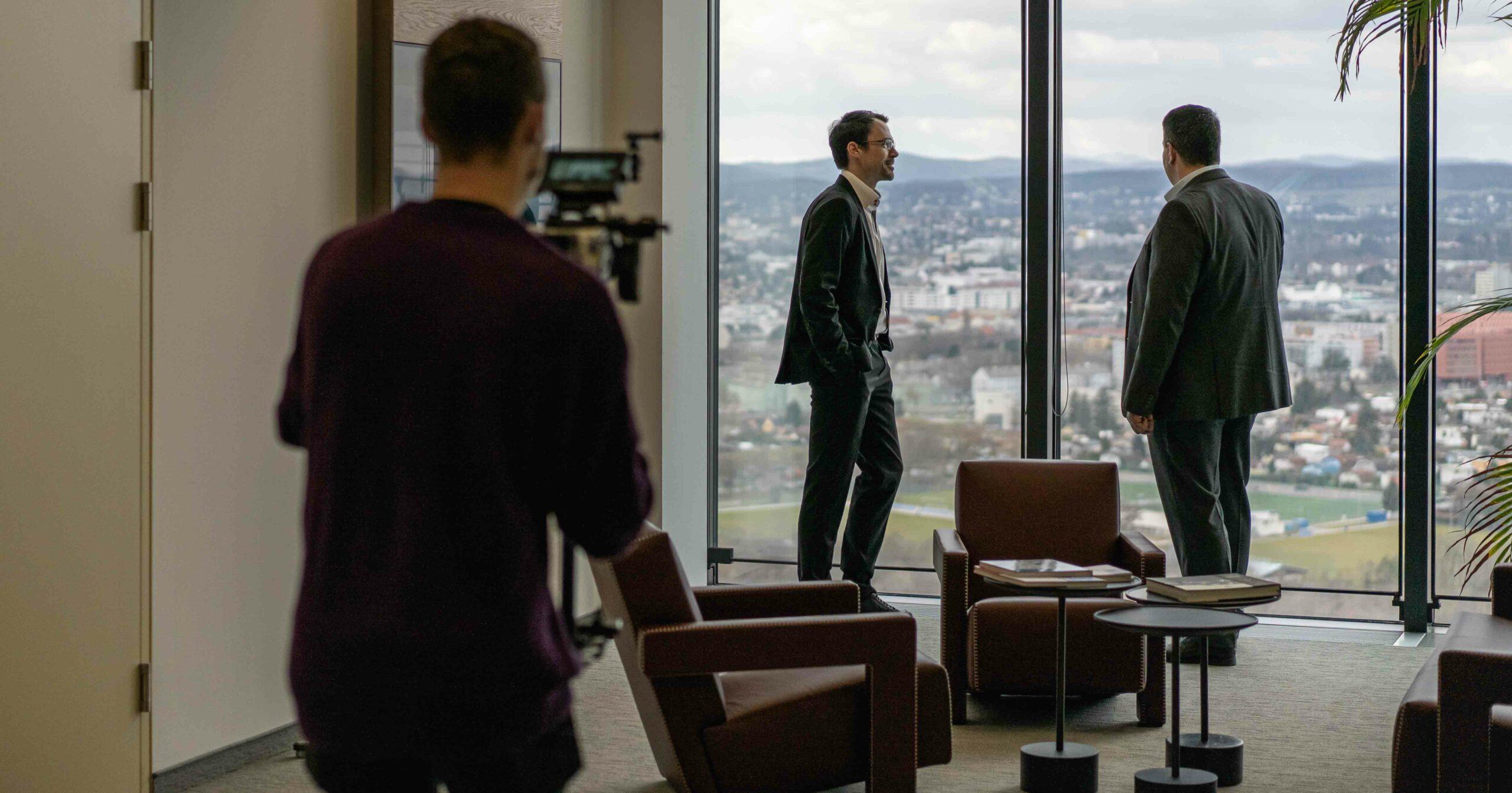 Tems Videodreh bei Eisenberger & Herzog